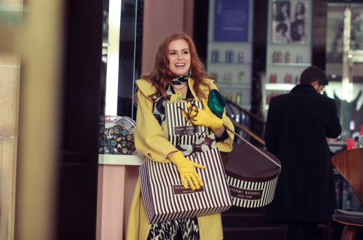 """CONFESSIONS OF A SHOPAHOLIC"" Isla Fisher Ph:Robert Zuckerman ©Disney Enterprises, Inc. All rights reserved."