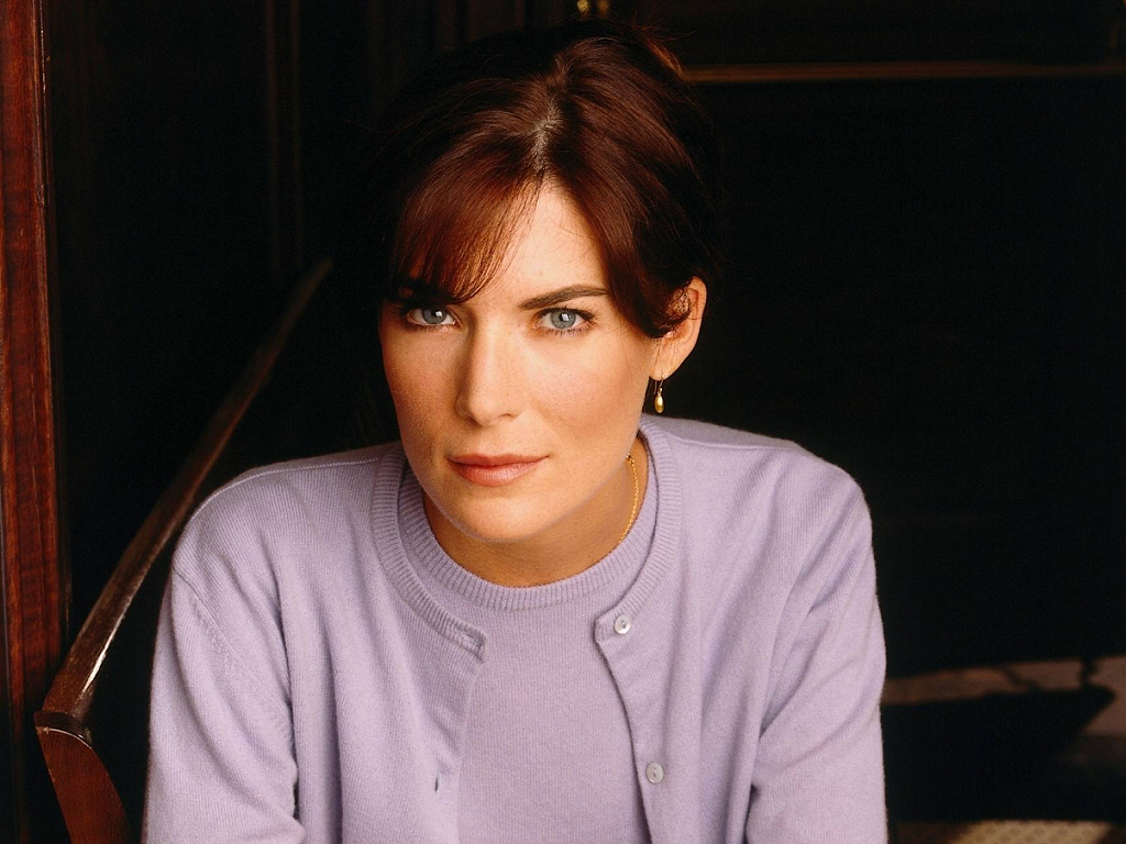 Happy Birthday Lara Flynn Boyle Thedullwoodexperiment