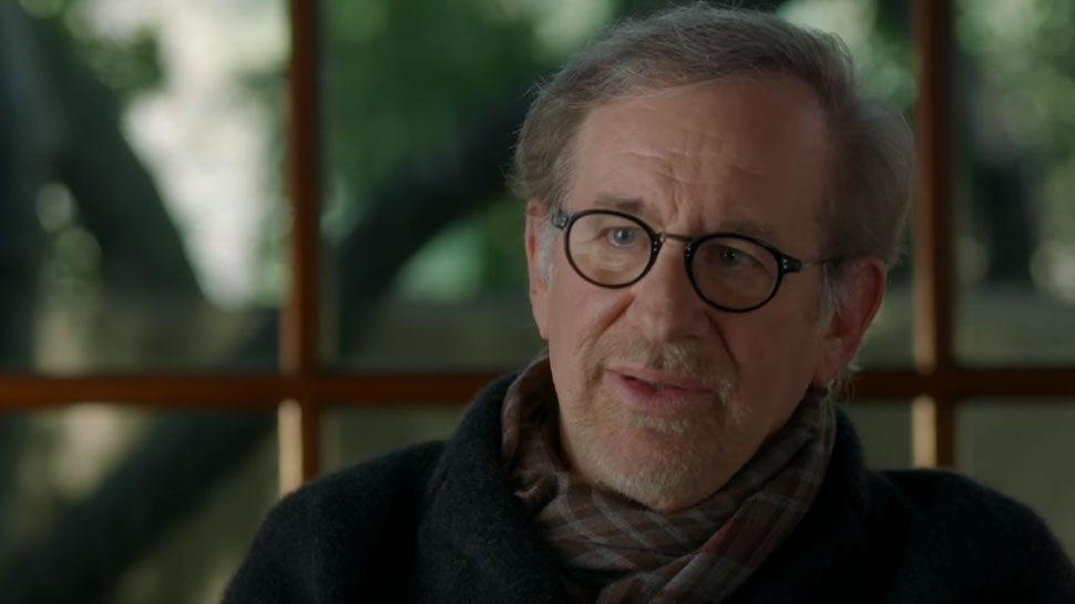 steven spielberg interview essay 'saving private ryan' by steven spielberg saving private ryan is an epic war film directed by the world-renowned steven spielberg the movie received several awards including five academy awards for best cinematography, best director, best effects, best film editing and best sound, it also picked up other prestigious awards.